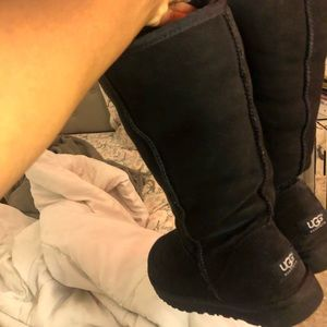 Black tall uggs size 8 in women's